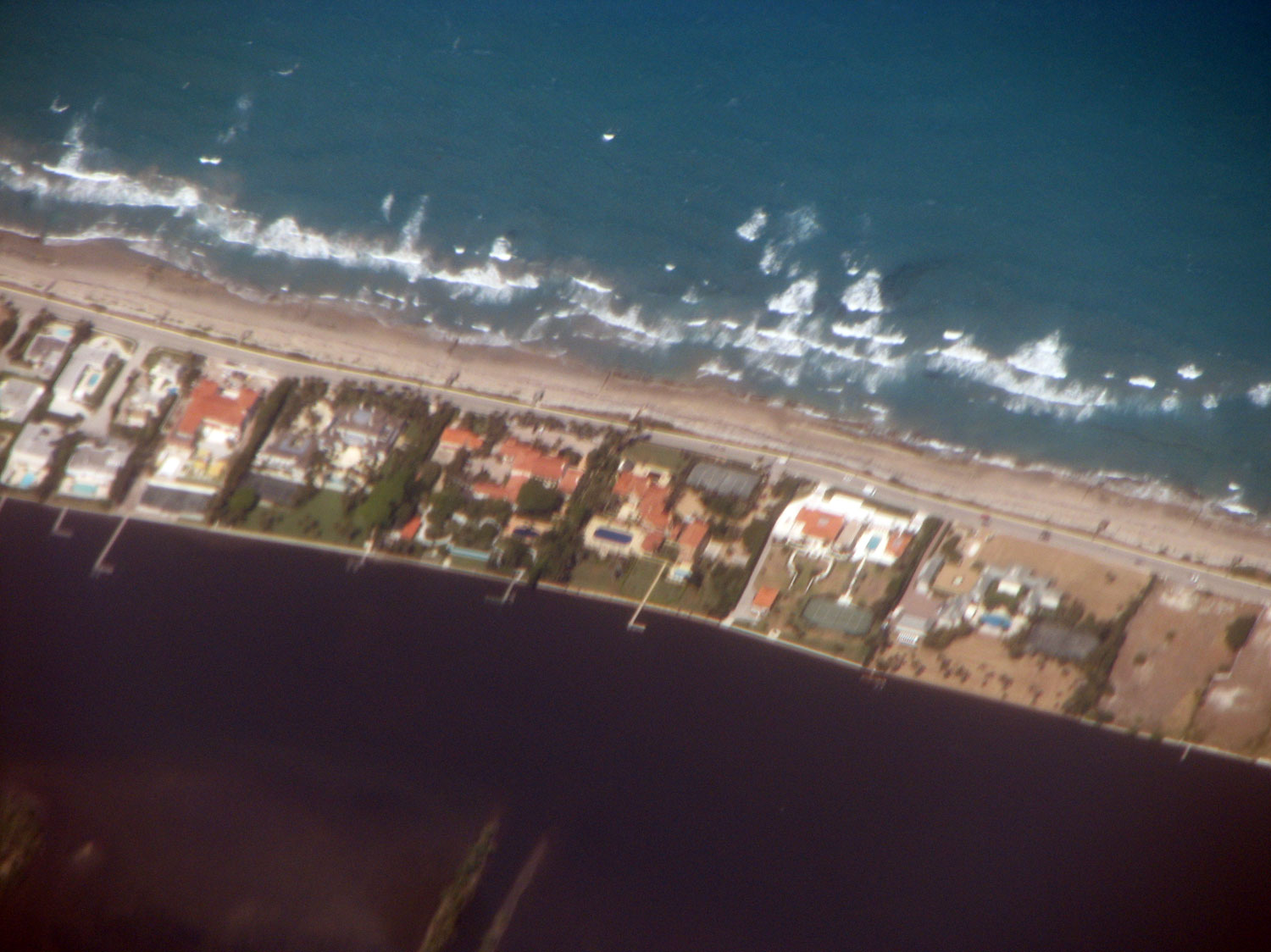 Mansions on the beach at West Palm Beach